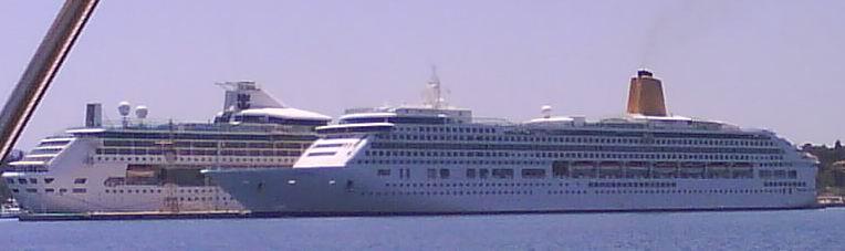 cruisingboatsatcorfu