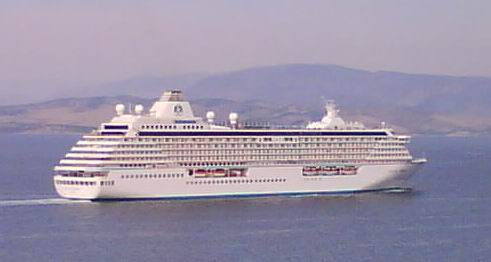 cruisingship