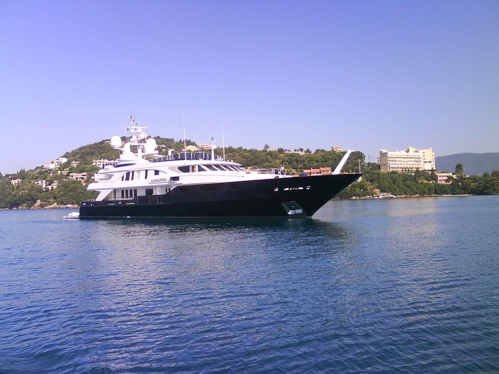 Modern Yachts | Corfu Yachting